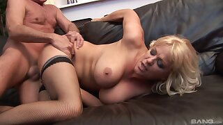Mature slut in stockings gets fucked in her ass by an older impoverish