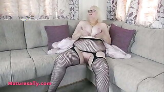 Fabulous body and huge boobs Granny in fishnet