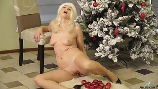 Sylvie - Happy Holidays