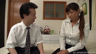 Amateur fucking at quarters with a roasting Japanese wife who loves cum