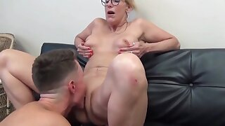 Sexy Matured Cougar Milf Enjoys Sex There Boy