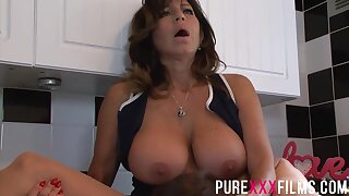 Prexy housewife, Tara Beano was moaning while getting her trimmed pussy licked in the kitchen